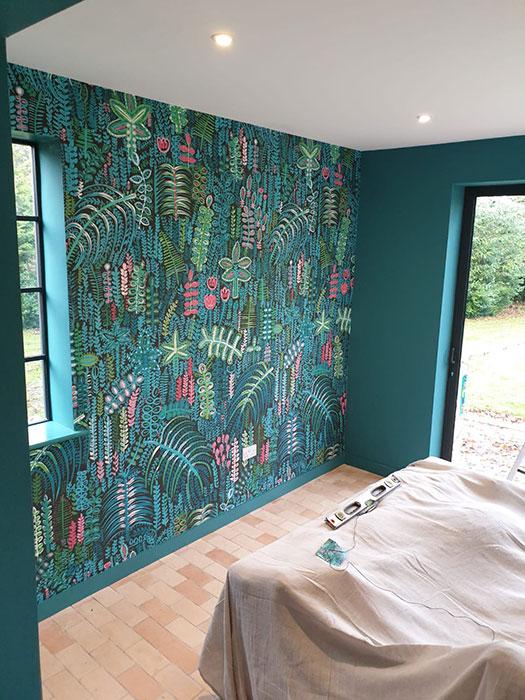 finished childrens bedroom decorating